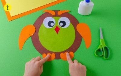 الأطفال والمقصات – مهارة استخدام المقص